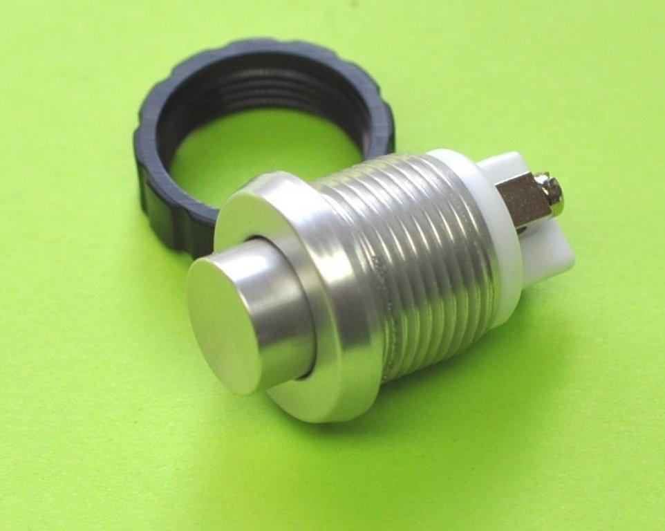 LIRA Klingeltaster für Stanzung 15 mm